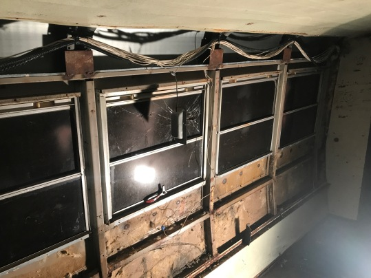 Lower and window panels removed without insulation